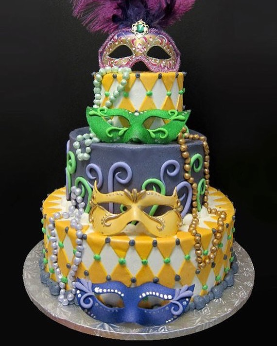 Wondrous Saturday Is Your Last Day For King Cakes We Will Be Closed Funny Birthday Cards Online Alyptdamsfinfo