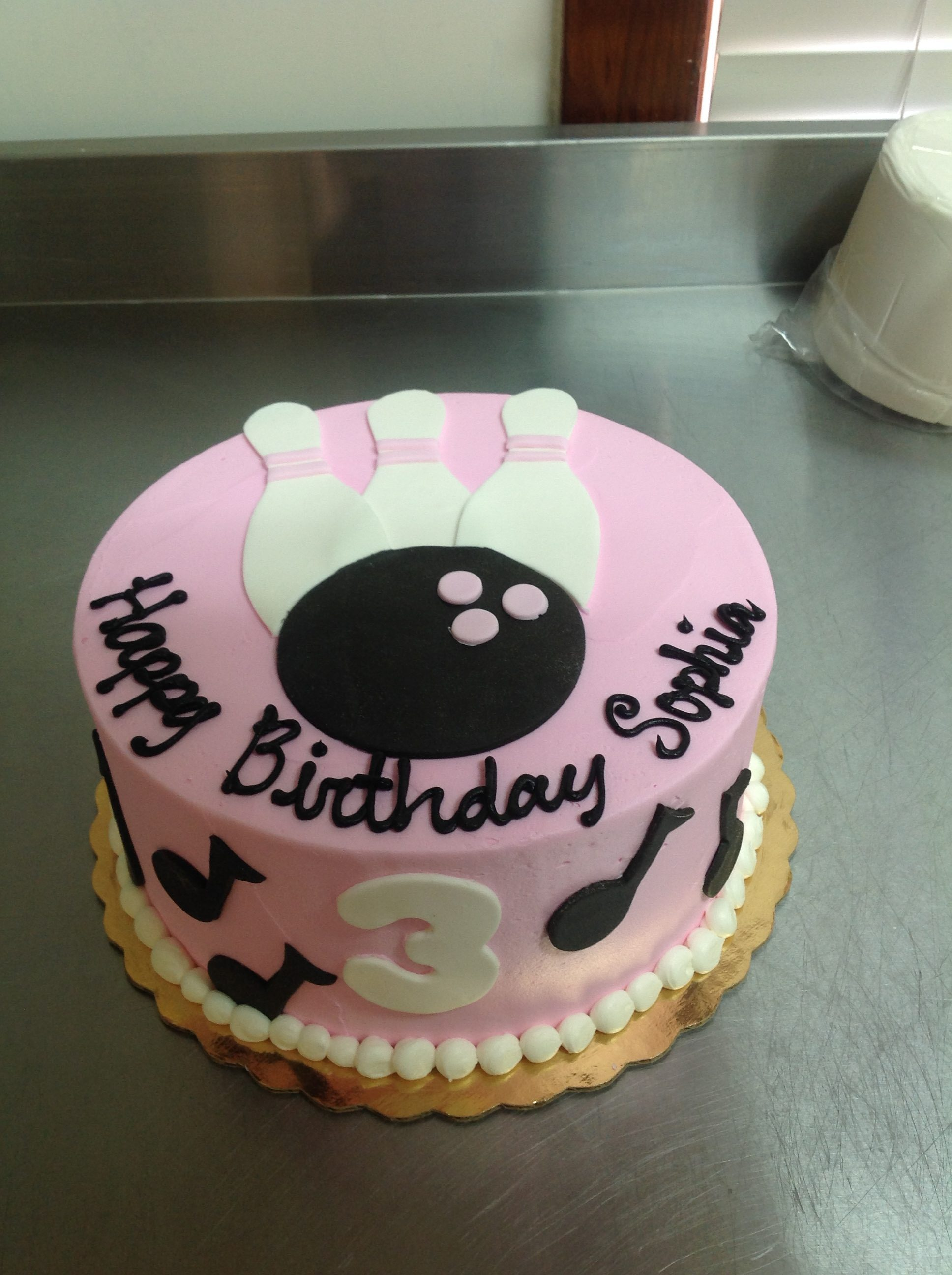 Birthday Cake Images For Email : Kids Birthday Cakes   The Cocoa Bean Bakery