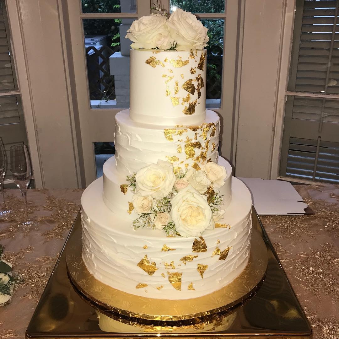 Last Nights Wedding Cake Goldleaf Weddingcake Cakestagram