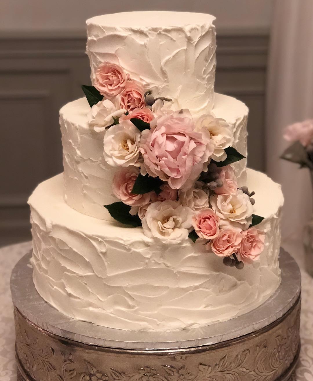 #weddingcake #cakestagram #cakesofinstagram