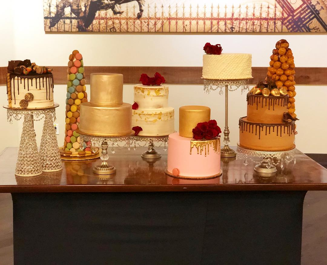 Now that's how you celebrate! #cakestagram #cakesofinstagram #companychristmasparty #whyonlygetone